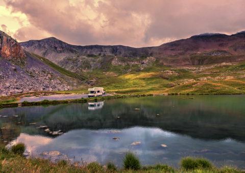 Lac route de la Bonette