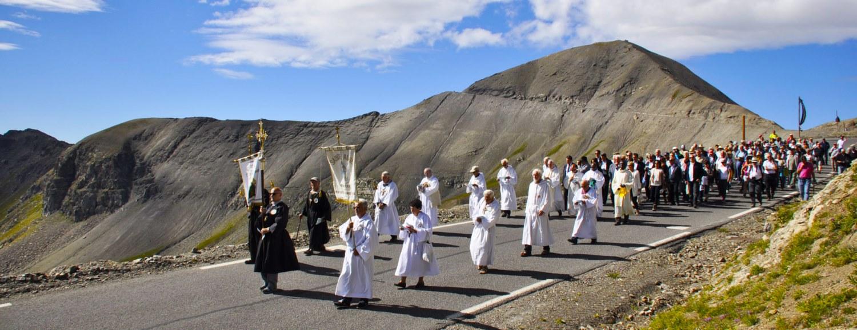 Procession Notre Dame du Très Haut Bonette