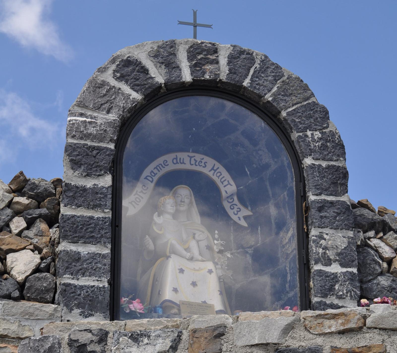 Statue Notre Dame du Très Haut